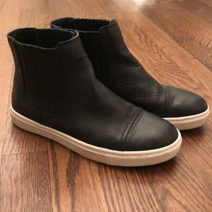 Steve Madden Leather Sneakers